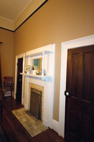 dining-room_0002.jpg